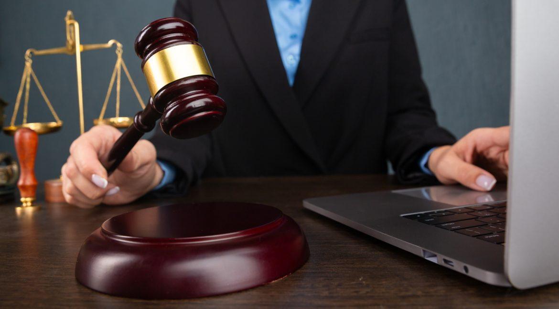 Bérszámfejtésben a bírósági letiltások
